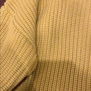 Kenneth Cole Sweaters - Kenneth Cole Sweater